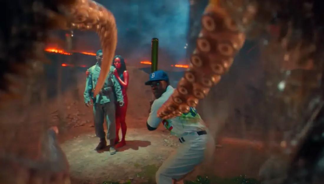 Lovecraft Country bate de béisbol