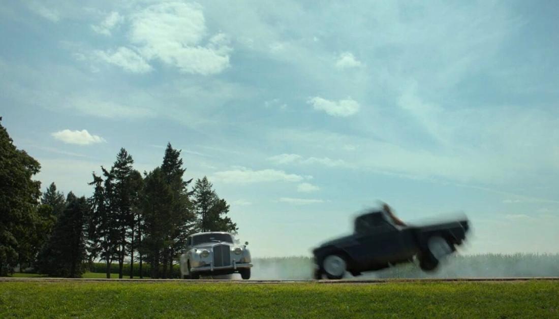 Lovecraft Country persecución de coches de Simmonsville